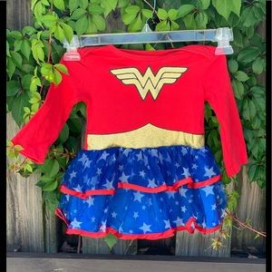 Costumes - Wonder Woman Outfit Costume Cape 12-18 Months